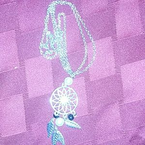 Jewelry - Silver dream catcher